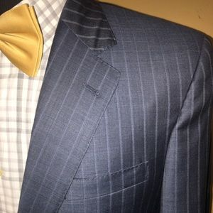 Jos A Bank Gray Plaid Suit Signature 100% Wool